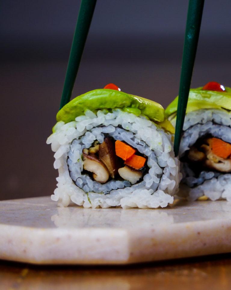 mushroom carrot avocado vegetarian sushi